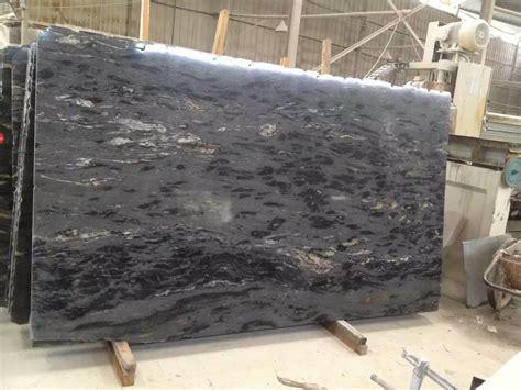 encimeras negras de granito foto de losas titanium negras c 243 smicas del granito para