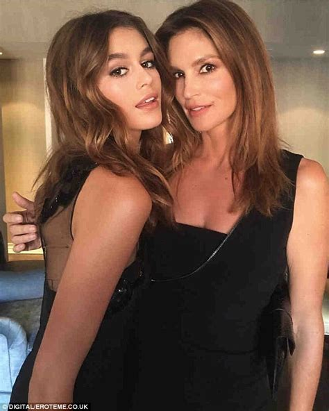 kaia gerber next supermodel cindy crawford looks so similar to her model daughter