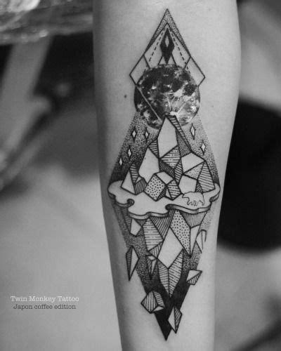 iceberg tattoo the 25 best geometric iceberg ideas on