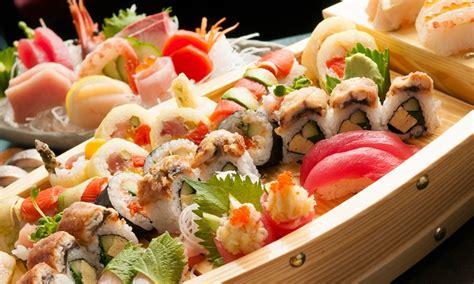 sumo sushi boat barca di sushi e aperitivo ebi sushi groupon