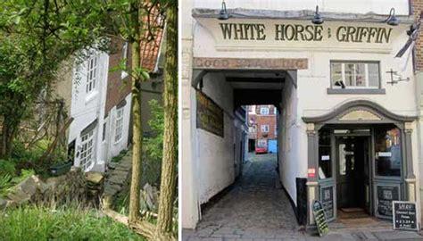 Demeter Cottage Whitby by Demeter Cottage Whitby Uk