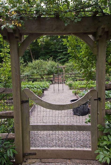 Garden Arbor With Door 25 Best Ideas About Arbor Gate On Yard Gates