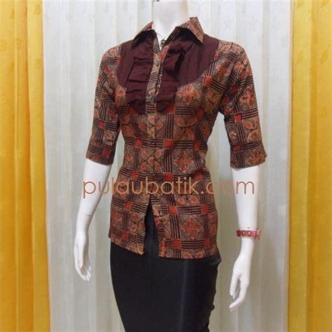 Atasan Prisqila model baju kerja batik wanita modern foto 2017