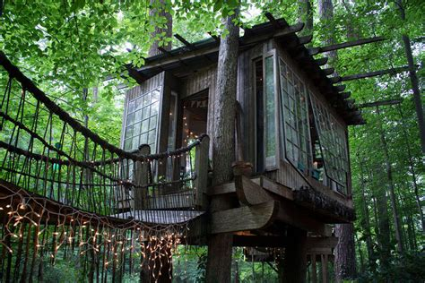 18 amazing tree house designs mostbeautifulthings secluded treehouse compound atlanta georgia adventure