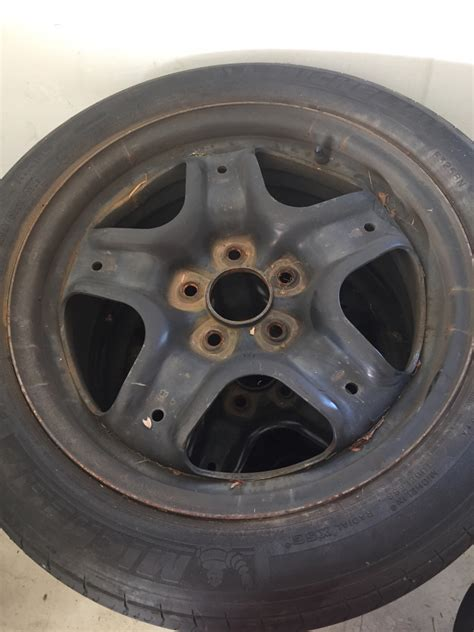 2011 ford fusion hubcaps free 2010 ford fusion wheels and hubcaps