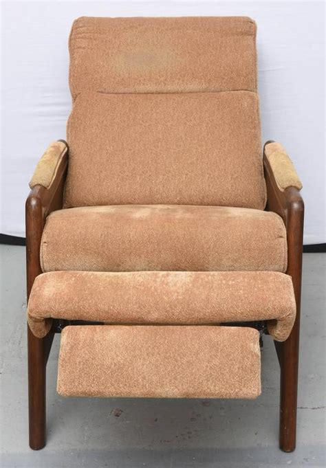 lane recliners for sale pair of lane recliners usa 1970s for sale at 1stdibs