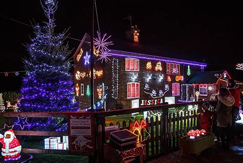 milton fl christmas lights car dealer runs design contest to boost weston lights display nantwich news
