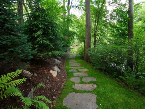 garden pathways pictures of garden pathways and walkways diy