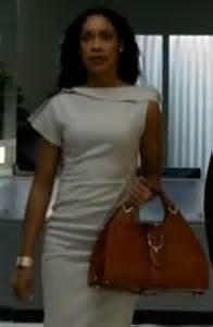 i torres wardrobe on suits the handbag