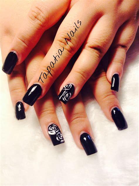 imagenes de uñas blancas y negras tutorial unas acrilicas negro y rosas blancas youtube