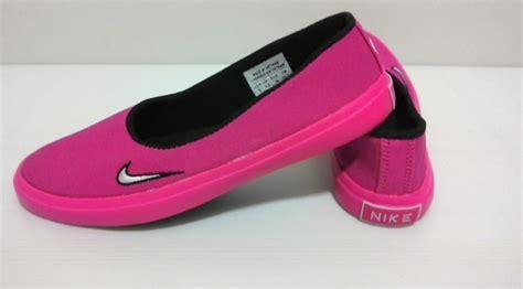 Sepatu Sandal Anak Perempuan 13 style remaja model baju sepatu celana dan asesoris