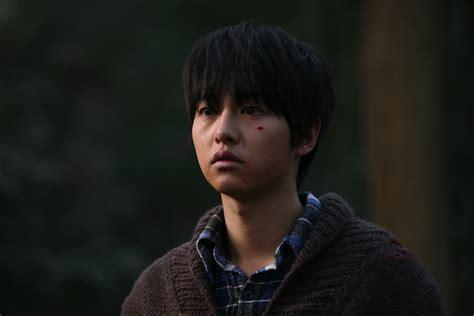 film korea a werewolf boy hancinema s film review quot a werewolf boy quot hancinema