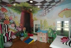 Alice In Wonderland Bedroom Alice Bedroom Alice In Wonderland Pinterest