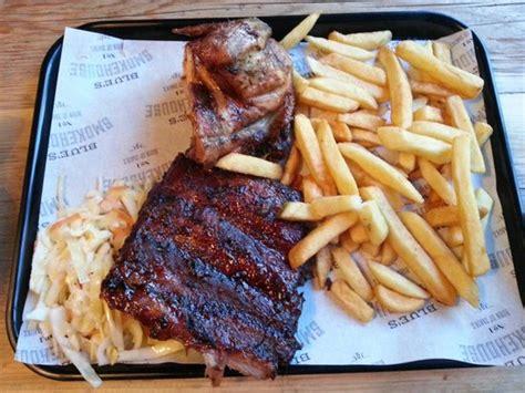 golden retriever wokingham popular restaurants in bracknell tripadvisor