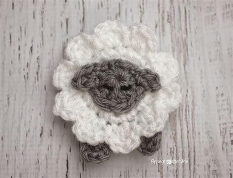 free crochet pattern 80093ad little lamb lion brand yarn l is for lamb crochet lamb applique repeat crafter me