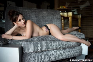 Elizabeth Marxs In Naked Invitation Centerfolds Blog