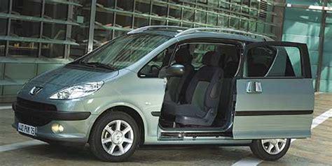 coches con puertas correderas un peugeot con puertas correderas y cuatro cifras