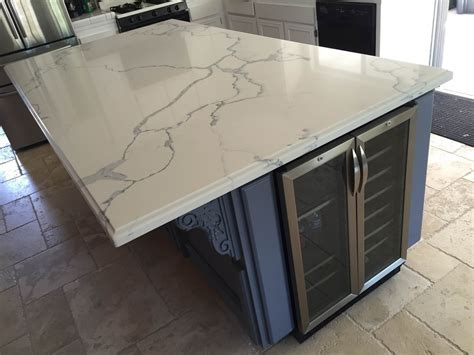 QUARTZ 4' X 8' ISLAND WITH OGEE SQUARE EDGE   NATHAN,SIMI