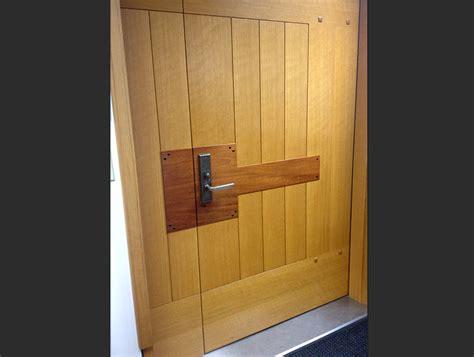 custom swinging doors northstar woodworks custom swinging doors craftsmanship