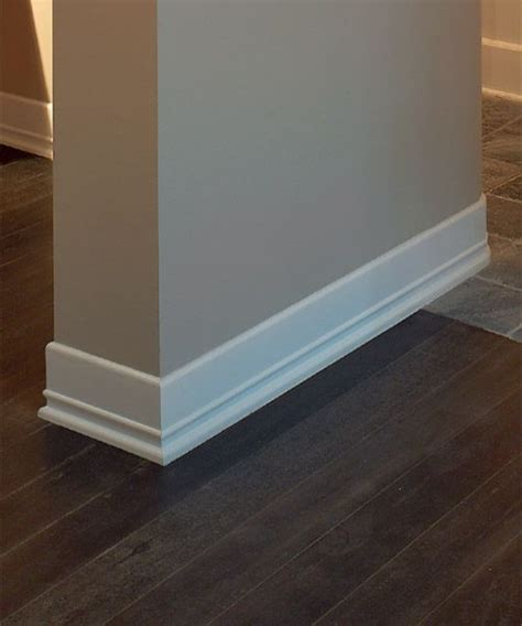 White Baseboards With Wood Floors by 1000 Ideas About White Baseboards On