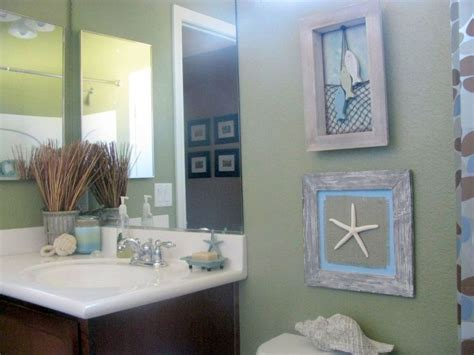 tiny bathroom design ideas in theme