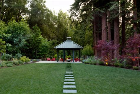 forest backyard 10 extreme backyards that look too good to be true photos huffpost