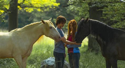 ostwind film mika ostwind 2 film 2015 183 trailer 183 kritik 183 kino de