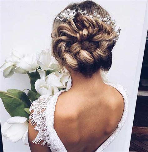 35 magnifiques coiffures pour demoiselles d honneur coiffure simple et facile