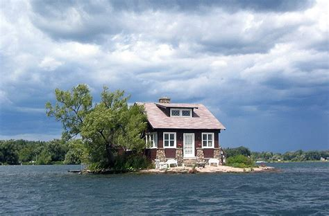 just room enough island picture of the day just room enough island 171 twistedsifter