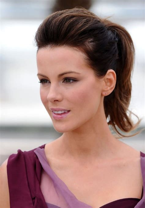 easy hairstyles for short hair ponytail kate beckinsale simple easy ponytail hairstyle