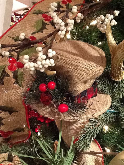 40 awesome christmas tree decorations ideas with burlap