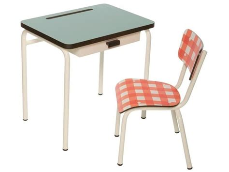 Style School Desk by Vintage Style School Desks Chairs Provide A Stylish