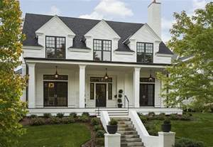 Farmhouse Style House by 10 Inspiring Modern Farmhouses Amp Labor Day Sale Picks For