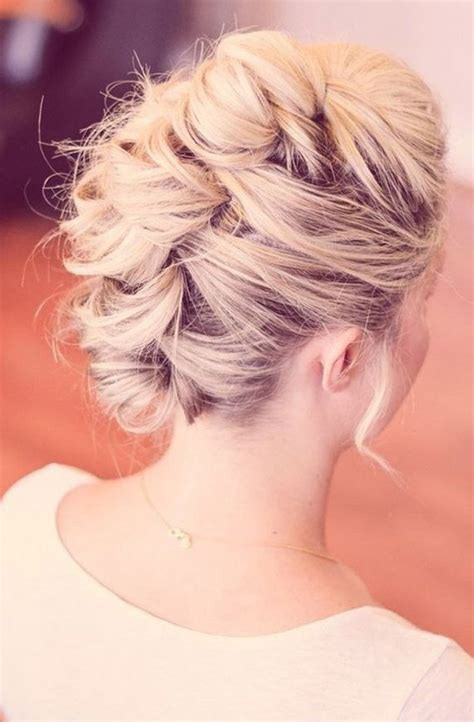 Fancy Hairstyles by Amazing Prom Hairstyles
