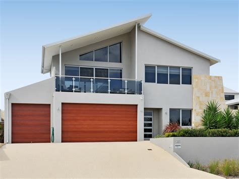 House Facades by Concrete Modern House Exterior With Balcony Amp Landscaped