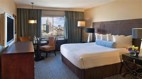 Room Reviews by Tower Room At Excalibur Hotel Casino Las Vegas