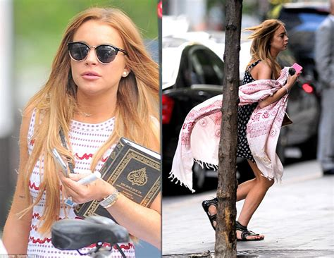 hollywood actress with quran is lindsay lohan converting to islam viewstorm