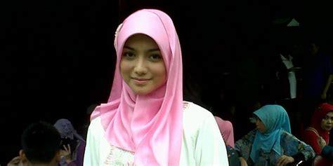 tutorial hijab citra kirana citra kirana ubah penilan dengan hijab okezone celebrity