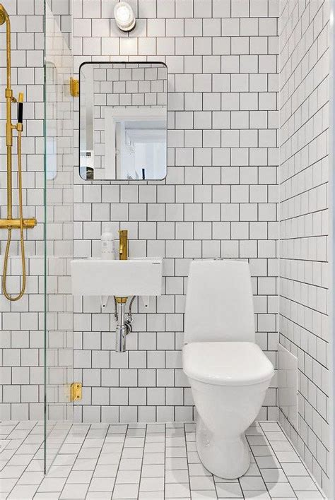 tile entire bathroom 25 best ideas about small bathroom on
