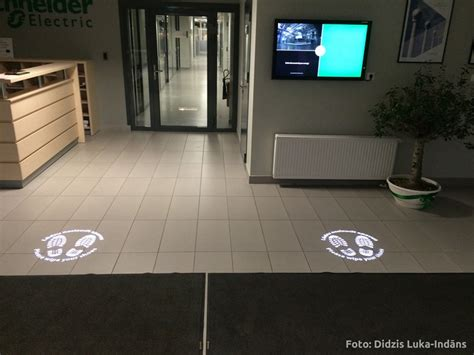 Floor Projector by News Navigation And Safety Signs Projection