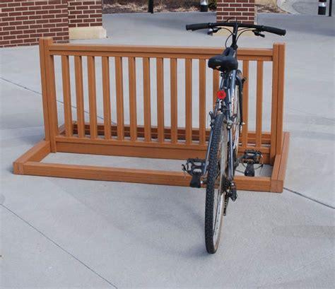 Wooden Bike Rack by Bike Rack Woodworking Plans 187 Woodworktips
