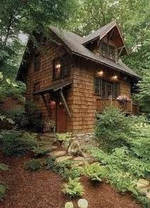 building a small cabin in the woods cedar shingles and brown trim cabin pinterest exterior colors cedar shingles and so cute