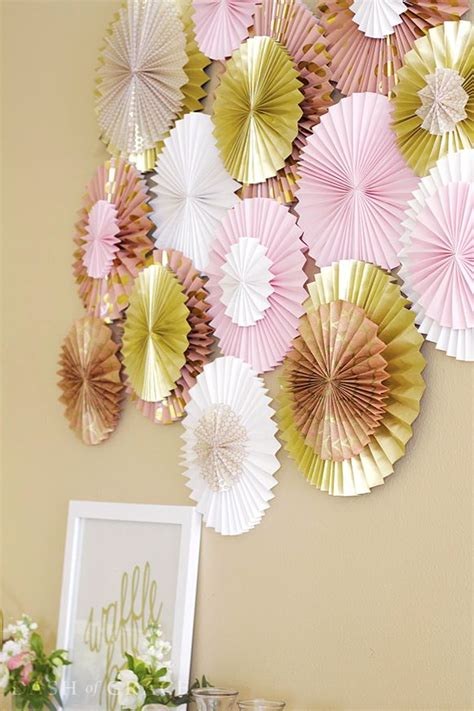 How To Make Paper Fan Decorations - best 25 paper rosettes ideas on paper fan