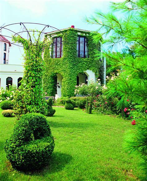 improving  homes exterior home interior design