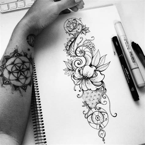 tattoo design nature geometric nature tattoo design on behance ilustra 231 227 o 6