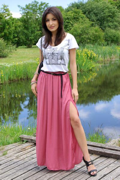 salmon maxi skirt zara skirts black cara sandals white