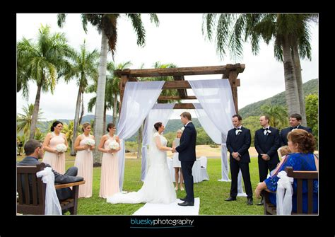 Wedding Hair And Makeup Cairns by Wedding Makeup And Bridal Hair Cairns Paradise Palms