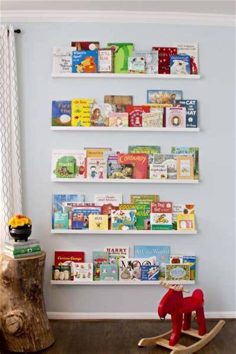 ikea picture ledge for books livros no quarto onde achar espa 231 o maternidade colorida