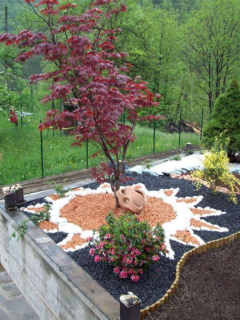 pietre per aiuole giardino sassi bianchi per aiuole prezzi