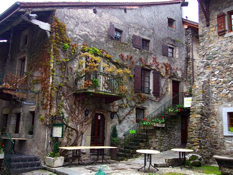 Make Your Dream House yvoire yvoire france yvoire is a beautiful medieval